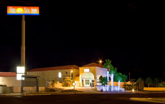 Needles, CA: Night View