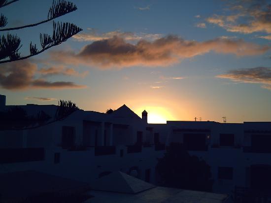 La Florida Apartments: sunrise