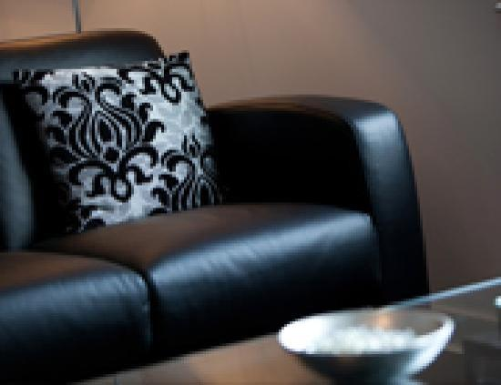The Spires Serviced Apartments: Lounge