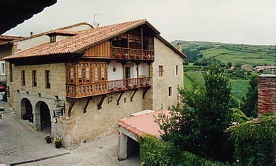 La Casa del Organista: Fachadas principales