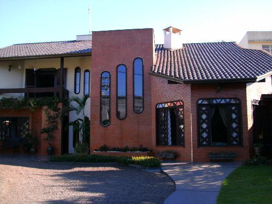 Pousada Bella Casa: Front view