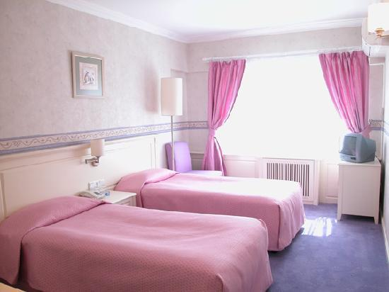 Metropol Hotel: STANDART TWIN BED ROOM