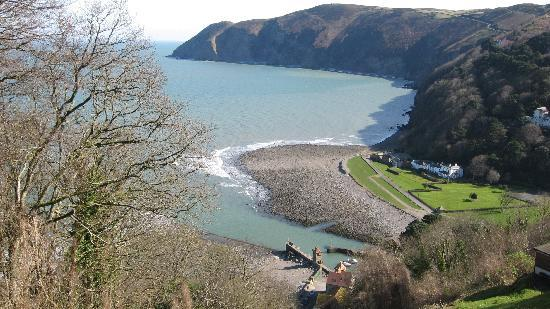 Bay Valley of Rocks Hotel: view from Lynton looking down on Lynmouth