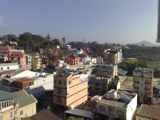 Thi Thao Gardenia Hotel: View from rooftop restaurant