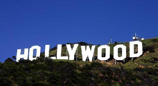 Hollywood Inn Express North: Hollywood Sign (Minutes Away)