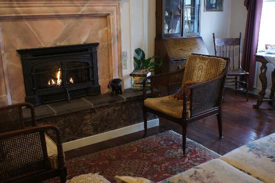 Weaverville Hotel & Emporium: cozy