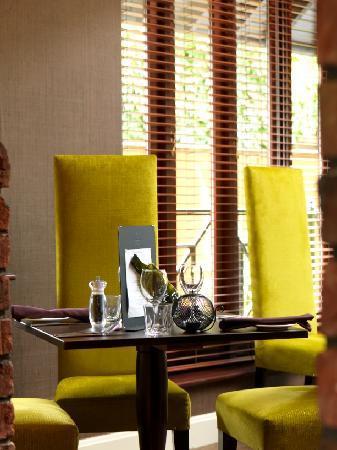 بارتون جرانج كلاسيك هوتل: Walled Garden Bistro