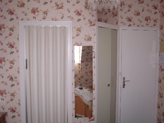 porte accord on de la salle de douche picture of guerande loire atlantique tripadvisor. Black Bedroom Furniture Sets. Home Design Ideas