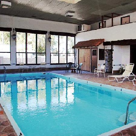إلدورادو إن بيكر سيتي: Pool