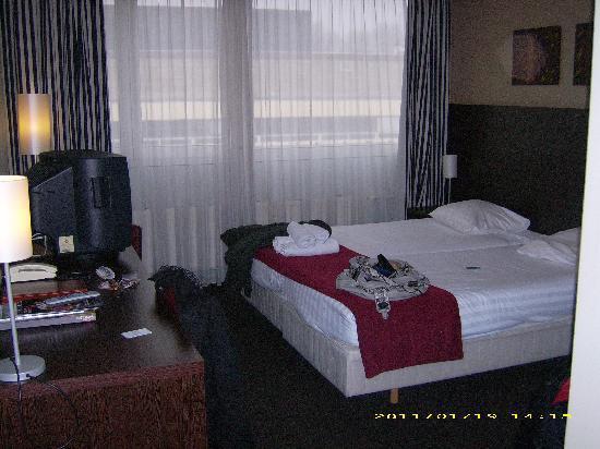 West Side Inn Hotel: chambre