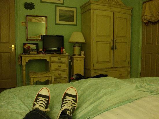 Britannia House: Our bedroom The Quiet Suite