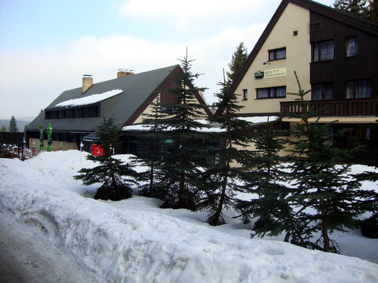 Hotel Lovecka Mumlava : Lovecka Mumlava during Winter