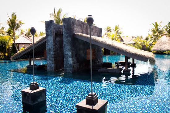 pool picture of the st regis bali resort nusa dua. Black Bedroom Furniture Sets. Home Design Ideas