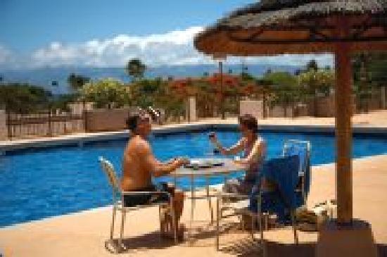 Maui Eldorado: Enjoy our heated swimming pools.
