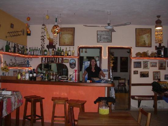 Maya Luna Restaurant: Carolien...gotta love her!!!