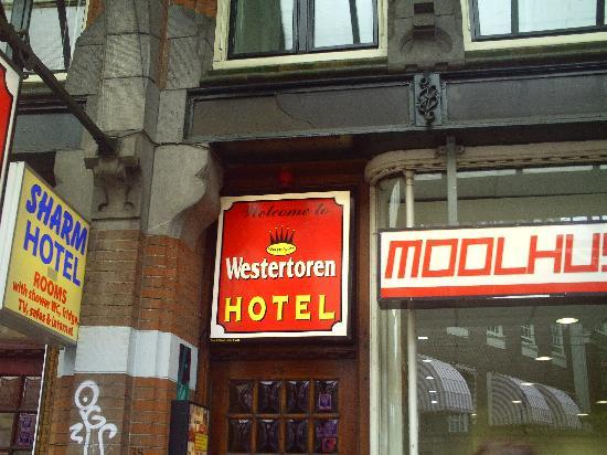 Hotel de Westertoren : Entrée de l'hôtel
