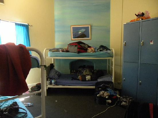 Pirates Backpackers Fremantle: 6-bed female dorm