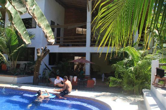 Atrapasueños Dreamcatcher Hotel: typical day hanging out by the beautiful pool