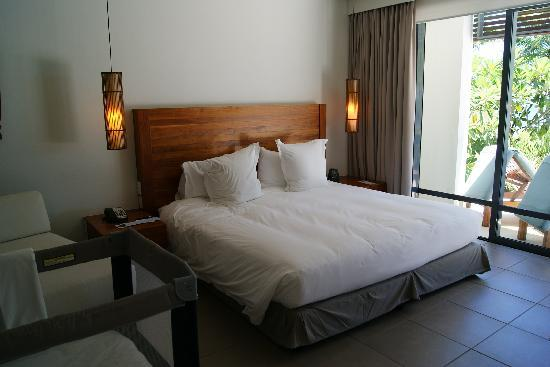Hilton Fiji Beach Resort & Spa: Master bedroom