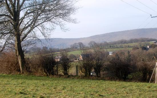Rock Cottage B&B: View to the Black Mountains