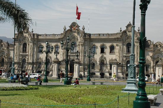 Lima, Perú: Ministerio de las armas