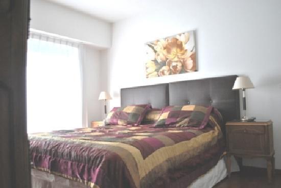 Mystic House Hostel Boutique: suite beige con balcon