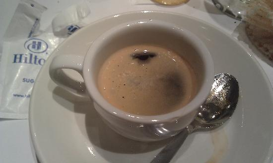 Hilton London Kensington : The second espresso in the same cup of the first one...