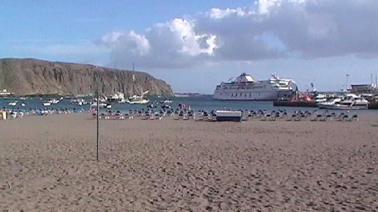 Villa Mandi Golf Resort: beach