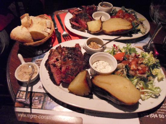 Bistro Grill du Gron: baked potatoes