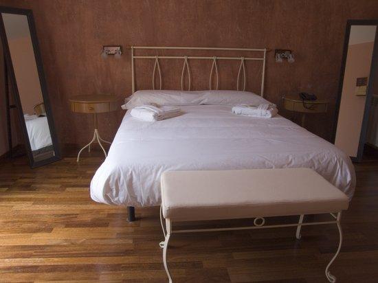 Hotel Dom - Restaurante La Vall