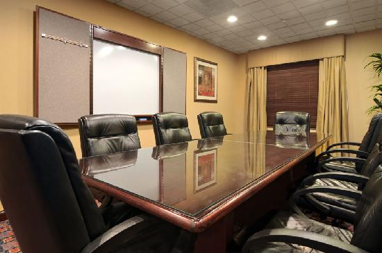 Wingate by Wyndham Frisco: Boardroom table with full AV ability