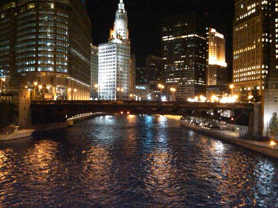 Downtown Chicago River