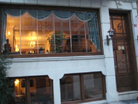 All Day Istanbul Hotel: Fachada