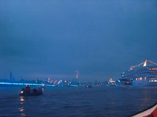 Port of Hamburg: Cruise Night 2010
