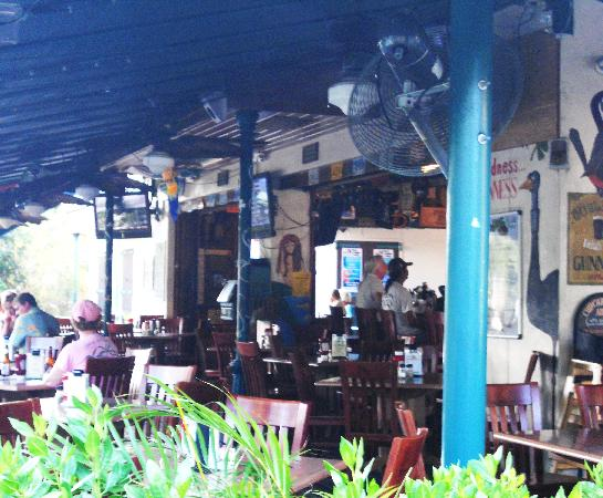 Amigos Dockside Cantina: Cute little place