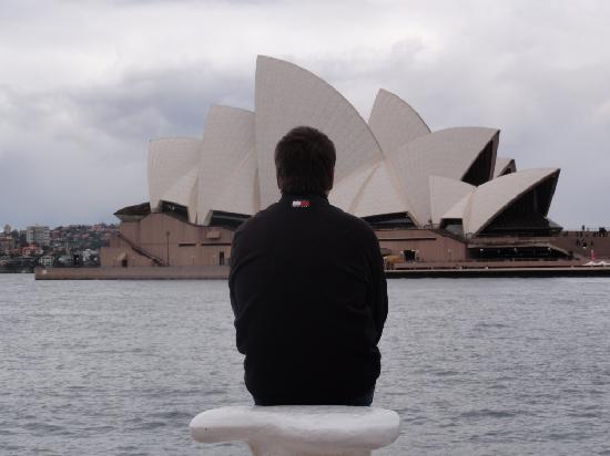 Sydney, Australia: la opera un dia nublado