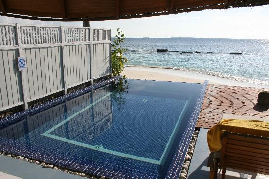 Centara Grand Island Resort & Spa Maldives: The deluxe beach villas