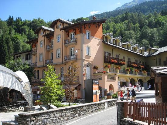 Appartements ancien casin hotel courmayeur prezzi 2019 e recensioni - Hotel courmayeur con piscina ...