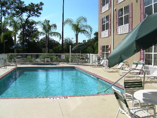 Holiday Inn Express Sarasota I-75: Enjoy our crystal clean heater pool or outside spa!
