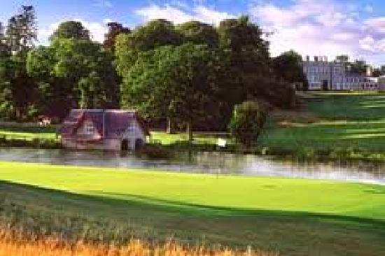 Carton House Hotel & Golf Club: boat house and first tee of the Montgomerie