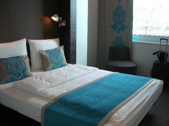Motel One Berlin-Tiergarten: Zimmer