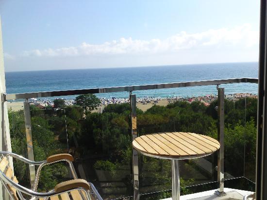 Grand Okan: Balcony with great sea view!