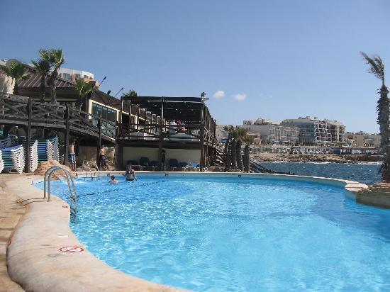 Bad Einzelzimmer Landblick Picture Of Dolmen Hotel Malta