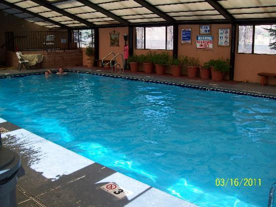 Pinecliff Village: indoor heated pool, so good!