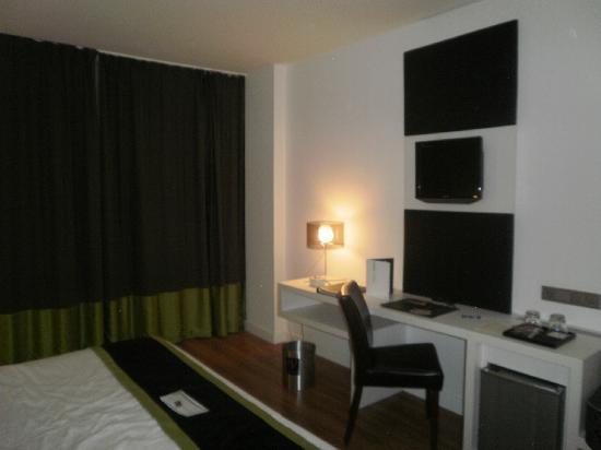 Vincci Malaga: habitación