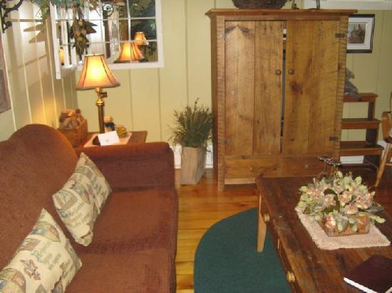 Historic Davy House B&B Inn: another angle