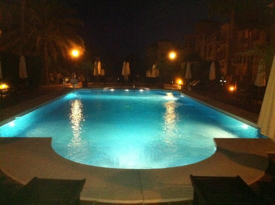 Marriott's Marbella Beach Resort: A night-time shot of the smaller pool at Marriott Marbella Resort.