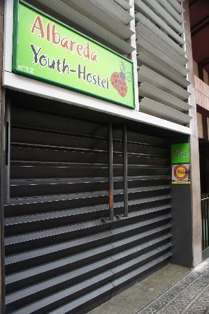 Pars Teatro Hostel: the front door