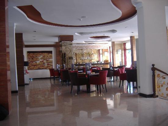 Grand Okan Hotel: Hotel Bar