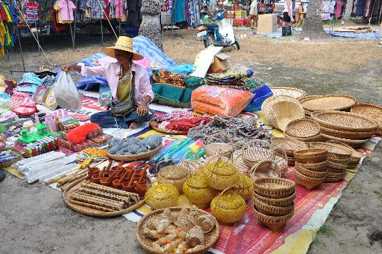 Khanom Hill Resort: le marché - super visite!